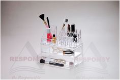 acrylic cosmetic display racks Can hold many small things