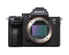 Pairing a high resolution with a sensitive lens, the Full-Frame Mirrorless camera from Sony lets you enjoy picturesque photography. The camera's full-frame CMOS image sensor is back-illu Camera Sony, Cameras Nikon, Camera Gear, Best Camera, Vlog Camera, Nikon Dslr, Camera Apps, Nikon D5200, Wi Fi