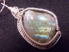 Labradorite wire wrap Wire Pendant, Pendant Necklace, Labradorite, Wire Wrapping, Turquoise Bracelet, Rocks, Diamonds, Stones, Pendants