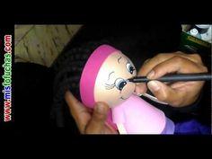 Cómo pintar carita de fofuchas Mis Fofuchas en foamy goma eva Niña estudiante con crespos - YouTube