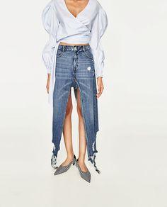 Image 2 of DENIM SKORT WITH SLITS from Zara
