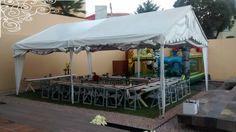 Realizamos las carpas con las características más adecuadas para cada tipo de evento. Llevamos TODO lo necesario: Banquetes Tlalnepantla Teléfono:53 89 34 20 whatsapp: 55 17 55 40 18 Correo:banquetes_tlalnepantla@hotmail.com http://banquetes-adomicilio.jimdo.com/decoracion/carpas-tlalnepantla/