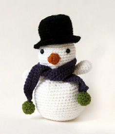 Crochet snowman (Free pattern)