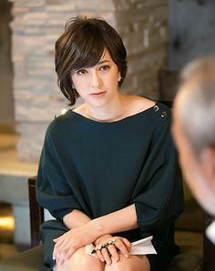 滝川クリステル (Christel Takigawa) freelance announcer, Japan.