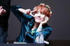 J-Hope ❤ BTS at the Myeongdong Fansign #BTS #방탄소년단