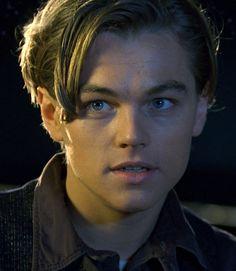 Rose and Jack ♥ Jack Dawson, Louis Weasley, Leonardo Dicapro, Leo And Kate, Young Leonardo Dicaprio, Titanic Movie, I Love Cinema, Portrait, Celebrity Crush