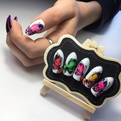 Fashionable manicure for the summer of 2019 - trends, new gel polishes and decor If you love beauty and looking great, check out our beauty canvas wrap range - click that link! Gorgeous Nails, Love Nails, Fun Nails, Spring Nails, Summer Nails, Nail Salon Decor, Butterfly Nail Art, Nail Room, Almond Nails Designs