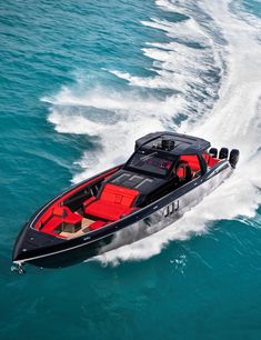 The largest offering in the Cigarette line, Tirranna is powered by six Mercury Racing Verado outboard engines. Fast Boats, Cool Boats, Speed Boats, Power Boats, Yacht Design, Boat Design, Bateau Yacht, Center Console Fishing Boats, Ski Nautique