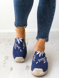 Shop Sexy Trending Shoes – Boutiquefeel offers the best women's fashion Shoes deals Diy Fashion, Fashion Shoes, Womens Fashion, Fashion Edgy, Fashion Top, Online Shopping Shoes, Shoes Online, Espadrilles, Leotard Fashion