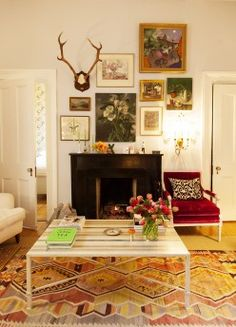 Loving all the different gorgeous pieces in this chic Manhattan living room via The Selby