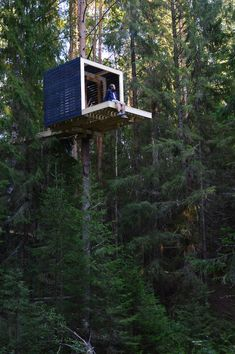 Gallery of lesom / Sozonych – 1 – ev – Natur Pole House, Hut House, Tiny House Cabin, Woodland House, Forest House, Tree House Designs, Tiny House Design, Cabin Design, Container Hotel
