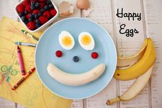 Happy Eggs Breakfast: Cute way to dress up a really basic breakfast for the kids.