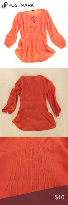 Theory Bergdorf Goodman Orange top Theory 3/4 sleeve top! Well loved. 100% cotton. Price firm. Theory Tops Tees - Long Sleeve