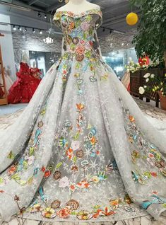 Gray Ball Gown Tulle Embroidery Appliques Wedding Dress With Removable Train Wedding Dress Patterns, Applique Wedding Dress, Princess Wedding Dresses, Colored Wedding Dresses, Quinceanera Dresses, Prom Dresses, Fantasy Gowns, Beautiful Gowns, Occasion Dresses