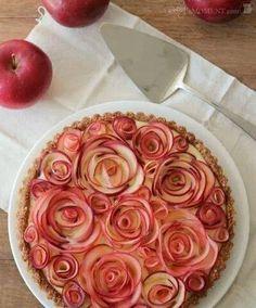 Amazing Apple pie decoration. No recipe