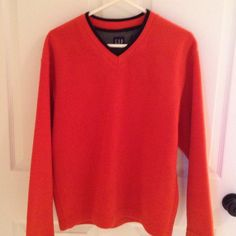 Gap Pullover Very comfortable, great condition GAP Tops