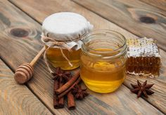 Nature has asolution to all the problems. The natural remedies may fight out any disease when administered in the right proportion. Some natural ingredients work miraculously when used in combination while some others may have solo applications. Honey and cinnamon