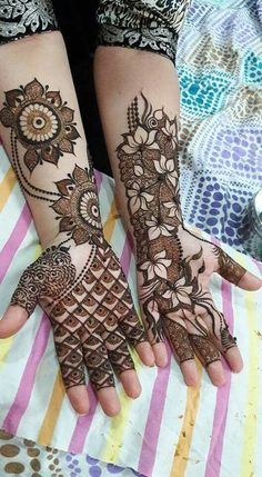 Henna tattoo, aka Mehndi, is a type of temporary inkart and very common in Middle Eastern and South Asian countries. Although it is a fashion trend now as a tat. Modern Mehndi Designs, Mehndi Design Pictures, Unique Mehndi Designs, Mehndi Designs For Fingers, Beautiful Mehndi Design, Dulhan Mehndi Designs, Arabic Mehndi Designs, Mehndi Patterns, Latest Mehndi Designs