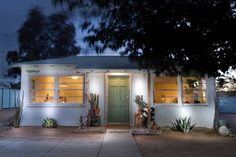 Check out this awesome listing on Airbnb: j tr - Houses for Rent in Joshua Tree