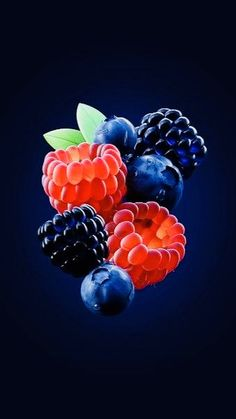 Fruits of Rubus sp. Beautiful Fruits, Beautiful Flowers, Fruit And Veg, Fresh Fruit, Mobile Wallpaper, Iphone Wallpaper, Photo Fruit, Image Fruit, Fruits Photos