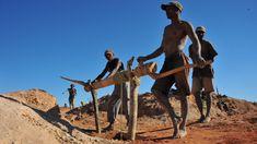 Madagaskar - Mining in Ilakaka