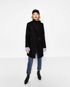 Immagine 1 di CAPPOTTO AVVOLGENTE di Zara