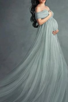 Maternity Dresses For Baby Shower, Maternity Dresses For Photoshoot, Maternity Gowns, Maternity Fashion, Studio Maternity Shoot, Elegant Maternity Dresses, Maternity Portraits, Maternity Pictures, Pregnancy Photos