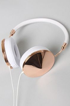 """Cheap-ish gold/white headphones"""