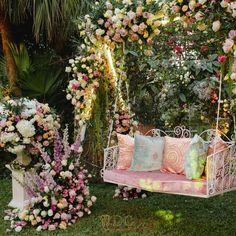 Couple Mehendi Seating Ideas That Blew Our Minds! Desi Wedding Decor, Wedding Stage Decorations, Backdrop Decorations, Home Wedding, Flower Decorations, Garden Wedding, Backdrops, Wedding Set, Wedding Mandap