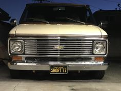 Chevy Vans, Van Life, Motorbikes, Cold, American, Vehicles, Pickup Trucks, Chevy Pickup Trucks, Motorcycles