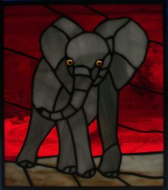 Stained Glass Patterns Free, Stained Glass Designs, Stained Glass Projects, Mosaic Patterns, Stained Glass Art, Mosaic Glass, Elephant Gifts, Elephant Stuff, Glass Animals