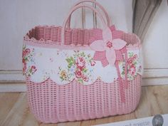 Got scraps? Make a pretty basket to throw all the quilting scraps in.  Save scraps to use in other projects...like a scrap quilt!