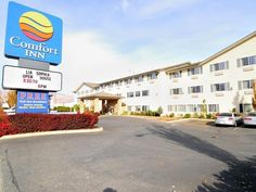 Wenatchee (WA) Comfort Inn Downtown United States, North America The 4-star Comfort Inn Downtown offers comfort and convenience whether you're on business or holiday in Wenatchee (WA). Both business travelers and tourists can enjoy the hotel's facilities and services. Wi-Fi in public areas, car park, pets allowed are just some of the facilities on offer. All rooms are designed and decorated to make guests feel right at home, and some rooms come with air conditioning, wake-up s...