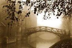 The Mathematical Bridge in Queens College, Cambridge, England. Norman Castle, Queen's College, Hampton Court, Uk Photos, 16th Century, The Hamptons, Cambridge England, Vacation, Bridges