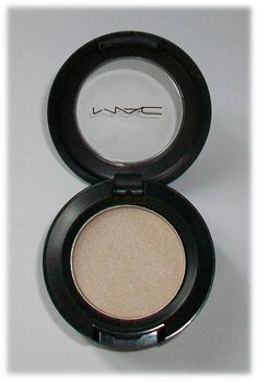 M.A.C. Shroom eyeshadow- my favorite eyeshadow in my kit! #highlight