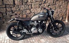 Kawasaki KZ750 Brat Style #motorcycles #bratstyle #motos   caferacerpasion.com