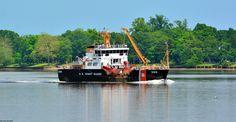USS William Tate, cruising past Delanco, NJ.
