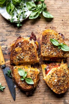 Everything Cheddar Tomato Bacon Grilled Cheese | halfbakedharvest.com Best Grilled Cheese, Grilled Cheese Recipes, Grilled Cheese Burger, Tomato Soup Grilled Cheese, Grill Cheese Sandwich Recipes, Grilled Cheeses, Brie, Best Tomato Soup, Half Baked Harvest