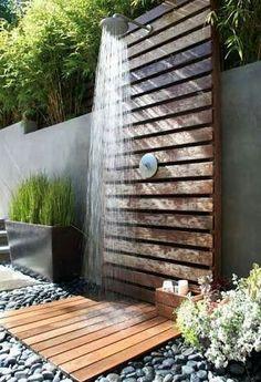 Chuveiro externo jardim