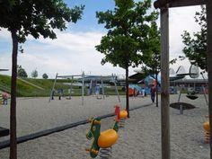 Spielplatz am Besucherpark des Flughafen München.