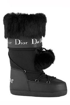 24 Fur Boots Every Girl Should Have Dior Boots Trending Dior Boots. - 24 Fur Boots Every Girl Should Have Dior Boots Trending Dior Boots. 24 Fur Boots Every Girl Should Have Boots Boots Ski, Winter Boots, Winter Snow, Moon Boots, Snow Fashion, Fashion Shoes, Sporty Fashion, Fashion Women, Winter Fashion