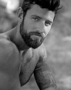 Source: lovingmalemodels - http://lovingmalemodels.tumblr.com/post/44311869289/clayton-pyle