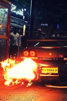 Nissan Skyline GTR on fire lol! Nissan Skyline Gtr R33, Gtr Nissan, E90 Bmw, Breathing Fire, Street Racing Cars, Drifting Cars, Japan Cars, Latest Cars, Modified Cars
