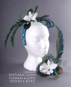Braselet and headband from feathers and preserved flowers/