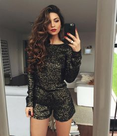 romper black gold new years outfit new years eve party dress black jumpsuit strampler schwarz gold neujahrsoutfit silvester partykleid schwarz overall Outfits Fiesta, Nye Outfits, Night Outfits, Holiday Outfits, Christmas Eve Outfit, Vegas Outfits, Outfit Night, Woman Outfits, Club Outfits