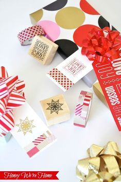 Personalize your gift wrap | Honey We're Home