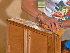 How to update old furniture with decoupage! Furniture Update, Old Furniture, Painted Furniture, Do It Yourself Projects, Projects To Try, Shabby Chic Vanity, Make Do And Mend, Guest Bedrooms, Old Houses