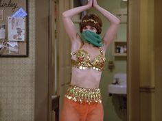 Laverne & Shirley, Jimmy Page, Old Tv Shows, Belly Dance, Music, Movies, Fashion, Musica, Moda