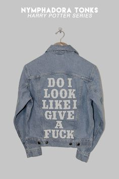 Shop US By Understated Leather For UO Slogan Denim Trucker Jacket at Urban Outfitters today. We carry all the latest styles, colors and brands for you to choose from right here. Diy Moda, Jean Diy, Mode Renaissance, Mode Kawaii, Chloe Price, Denim Look, Young Avengers, Mode Chic, Jeans Rock