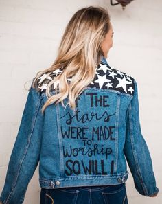 Joy Jackets by Julia Elise — Julia Elise Collective Customised Denim Jacket, Custom Denim Jackets, Painted Denim Jacket, Painted Jeans, Painted Clothes, Hand Painted, Diy Clothes Projects, Fun Projects, Demin Jacket